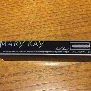 Waterproof mascara,  Lash Love, Black, Mary Kay.